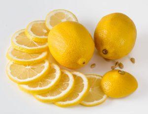 Caption Foto: Ilustrasi buah lemon./ Pixabay