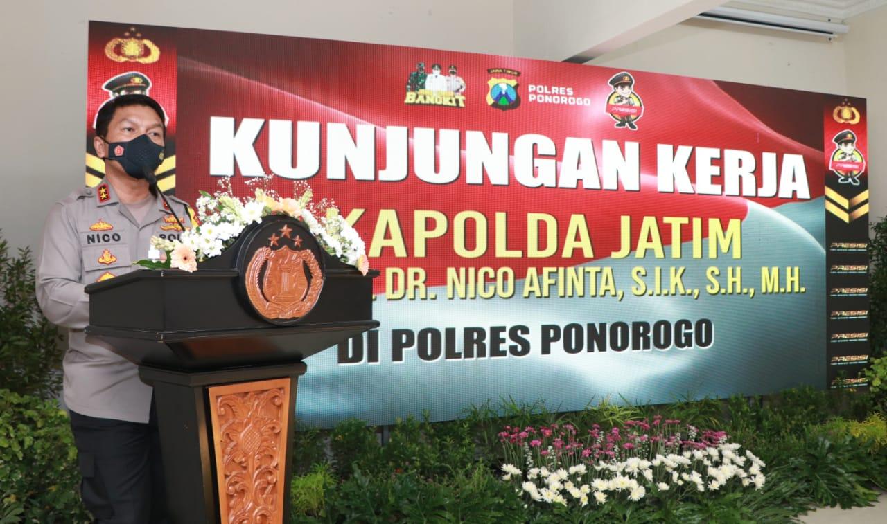 Kapolda Jatim Irjen Pol Nico Afinta saat berkunjung ke Polres Ponorogo. (Foto: Istimewa/ Humas Polda Jatim)
